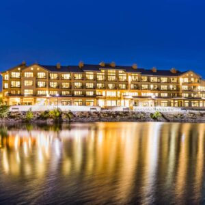 Stay the night or stay the week overlooking the river in Richland, WA