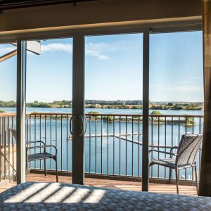 Riverfront view room in Richland
