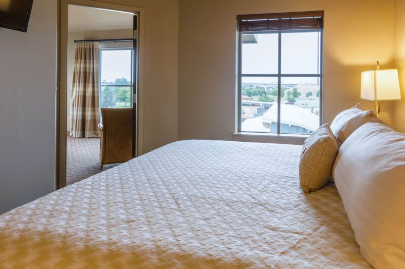 Riverview King Suite in Richland, Washington